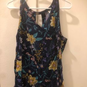 Old Navy sleeveless floral tank with key hole back